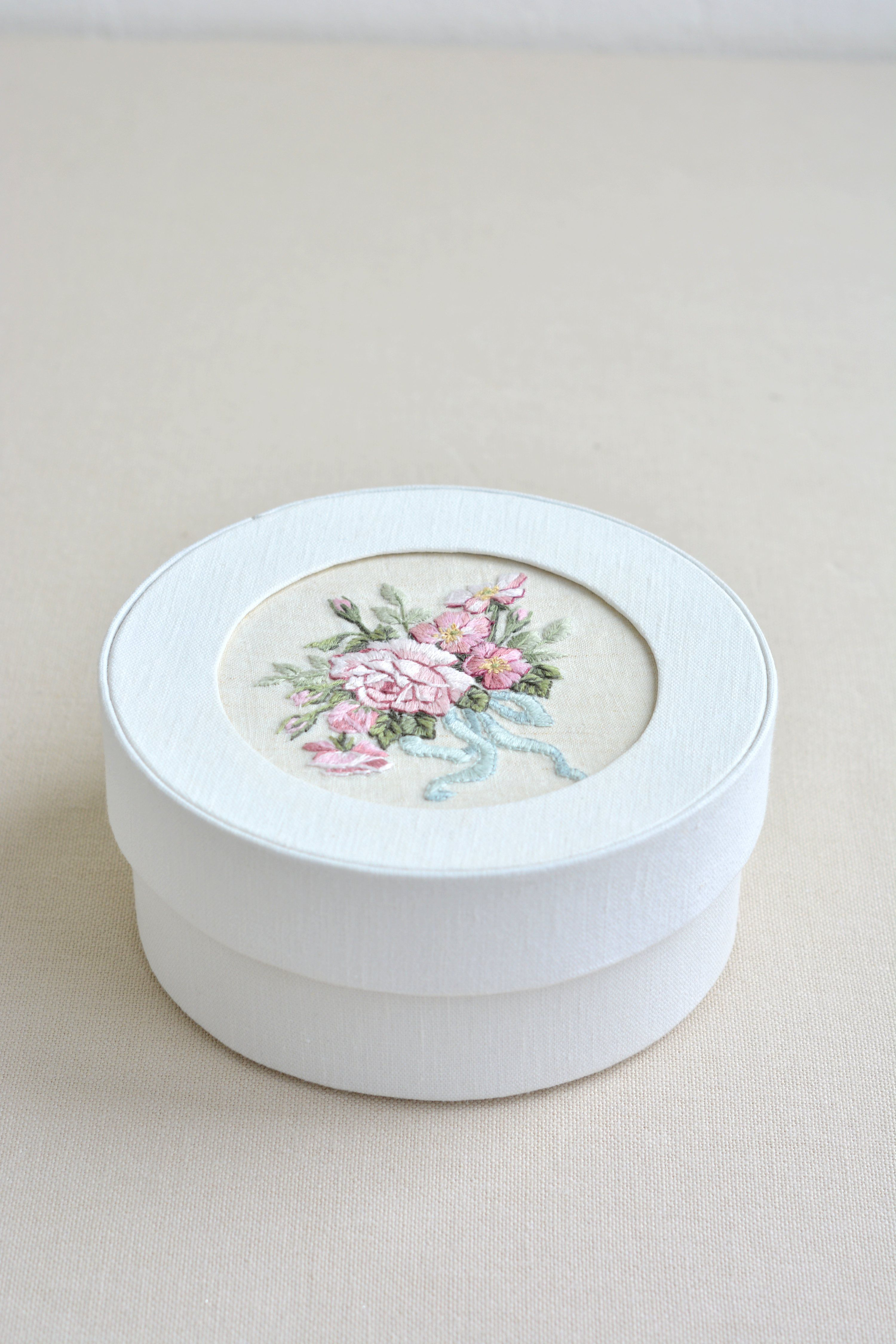 Jewelry box for girl box hand made Decorative box with embroidered roses