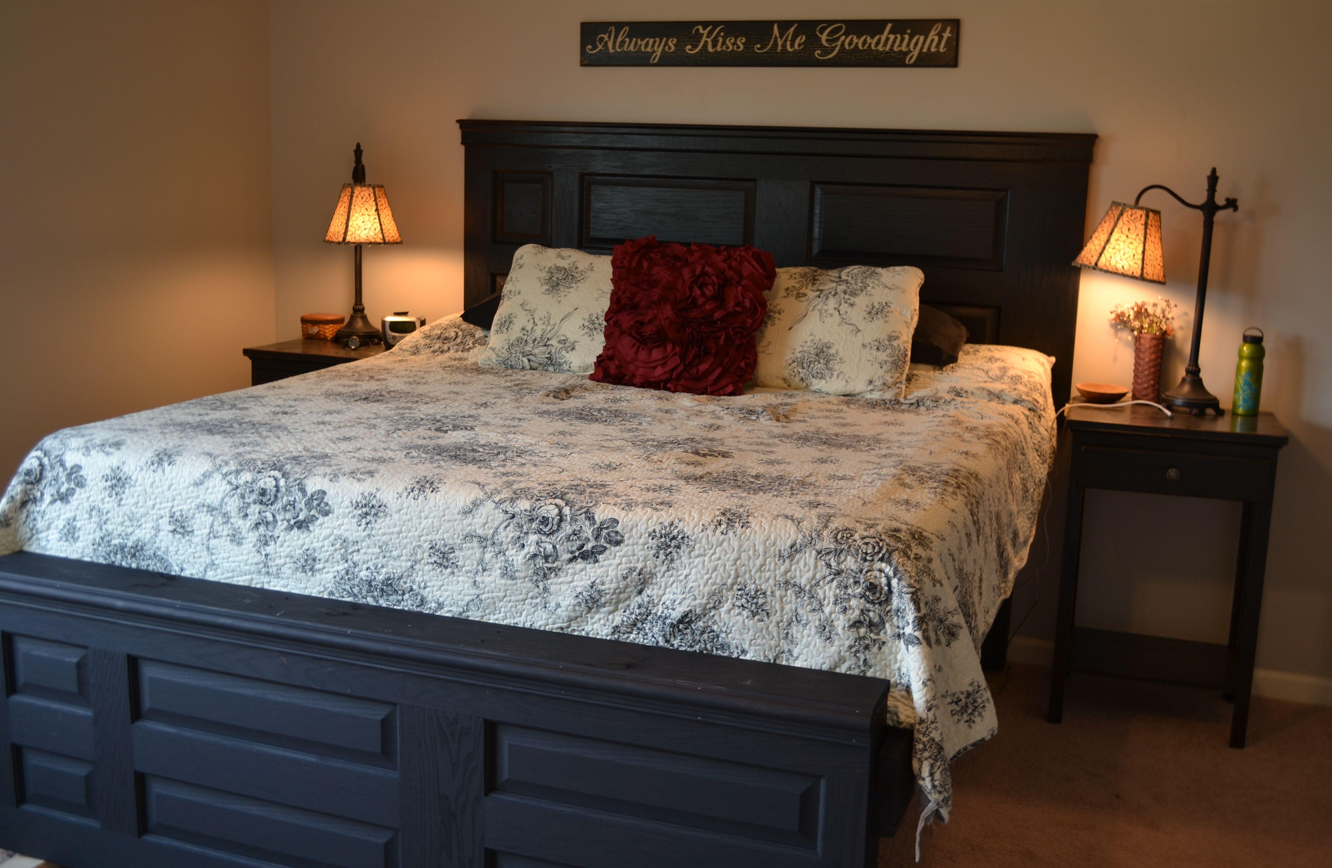 Door Headboard And Footboard, Crown Molding, Bedroom