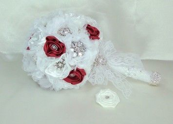 A bouquet for the Maid of Honour and bridesmaids