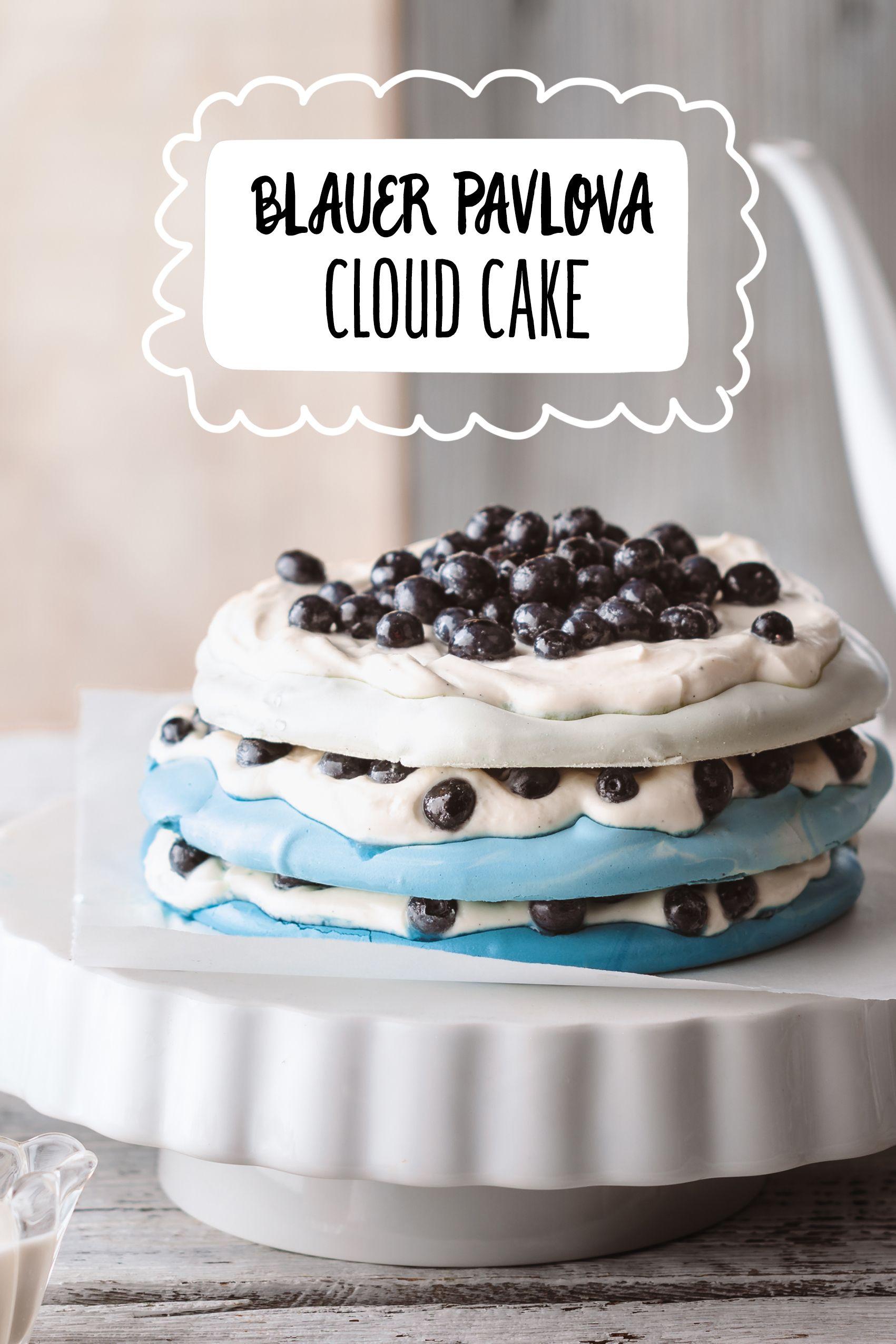 Blauer Pavlova Cloud Cake Rezept In 2019 Hochzeitstorten Mehr