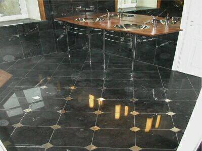 Bagno in Marmo Nero Marquina con Cabochon  Marble Interiors  Pinterest  Products, Bathroom ...