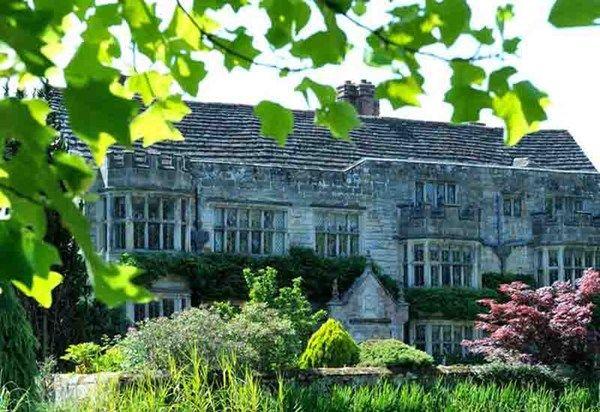 Top 10 Traditional Wedding Venues Smallfield Place Surrey