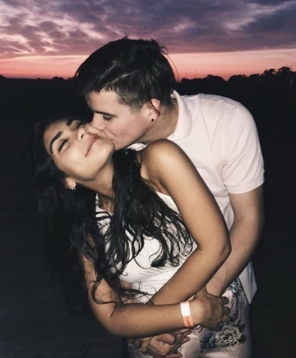Pin By Jackie On Couple Pictures With Images Cute Couples