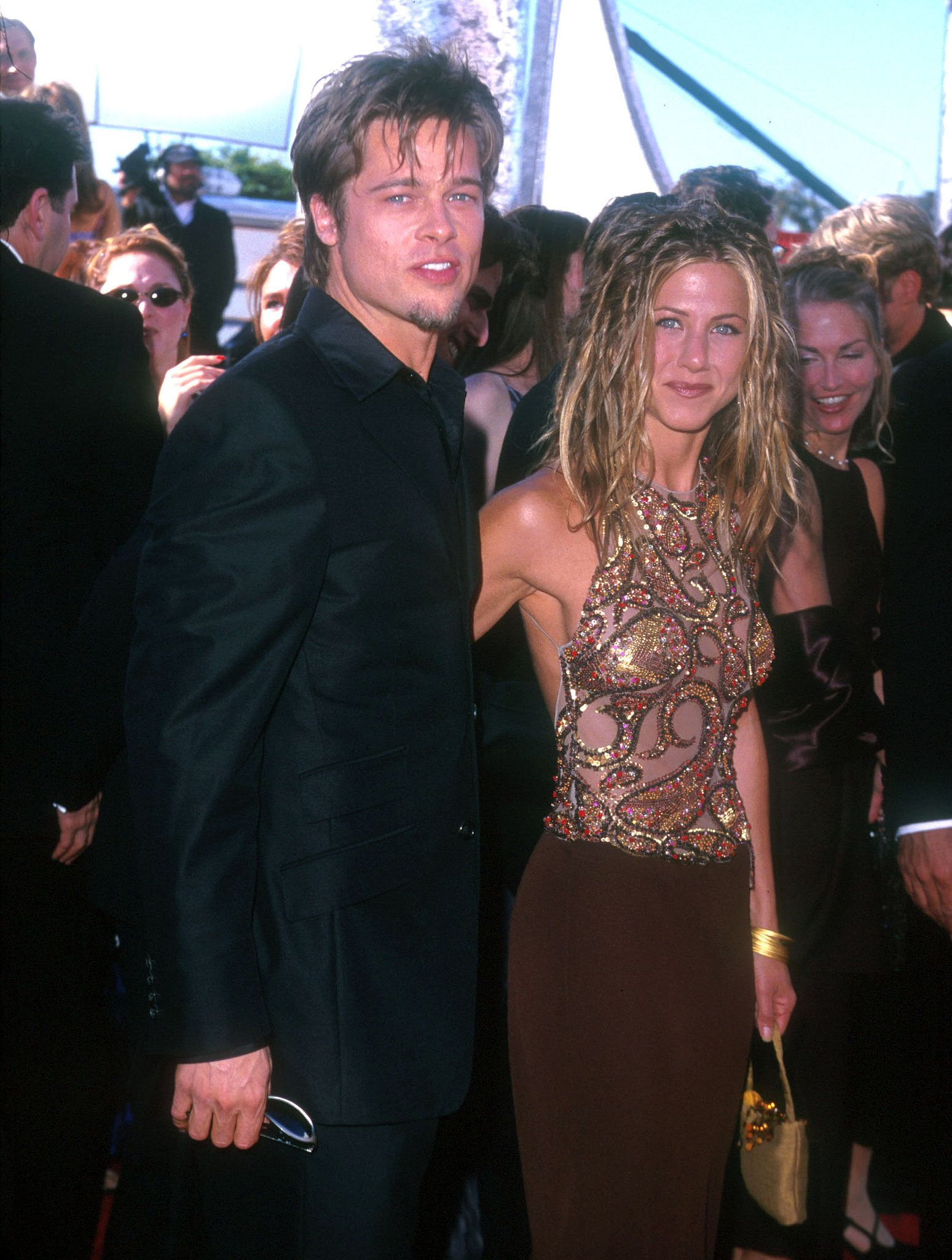 brad-pitt-was-accompanied-by-then-wife-jennifer-aniston-at-the-emmys-in-september-1999