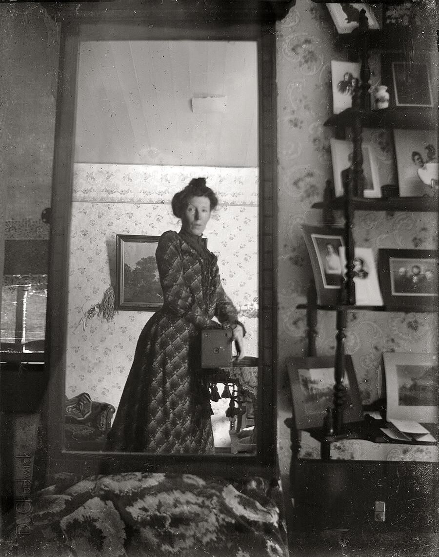 A Selfie from 1900