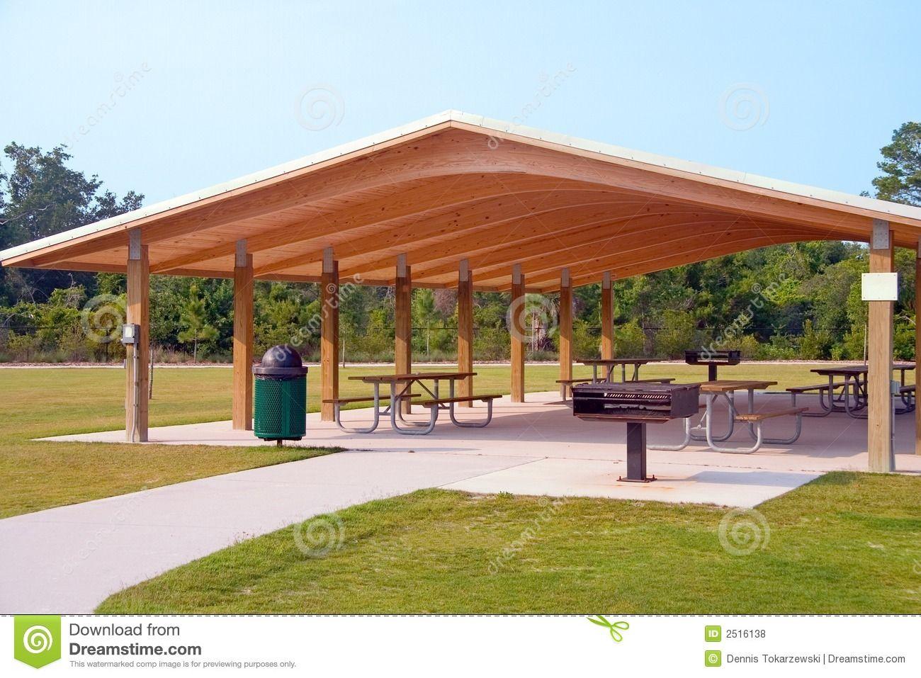 Outdoor Picnic Structure Picnic Tables And Grill Under Wood Roof Structure In Local Park Casas Para Eventos Iluminacion Del Paisaje Jardin De Eventos