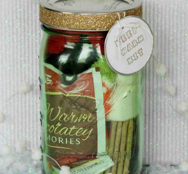 Gifts in a jar jar easy diy gifts and christmas gifts 60 cute and easy diy gifts in a jar christmas gift ideas diyready solutioingenieria Gallery