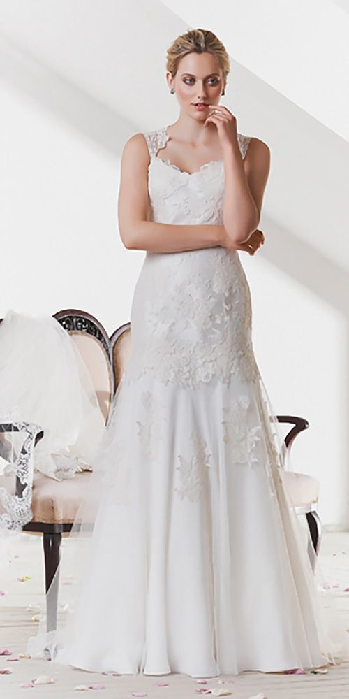 24 Classic Wedding Dresses You Can't Go Wrong With ❤ See more…