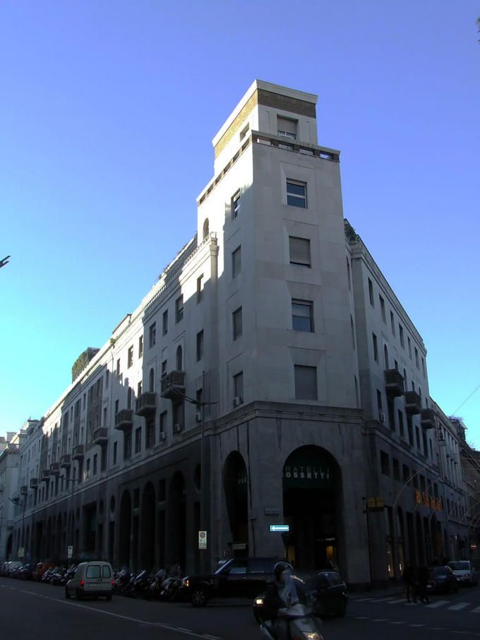 Emilio Lancia Mixed use building with shops, offices and apartments 1934-1936 Corso del...