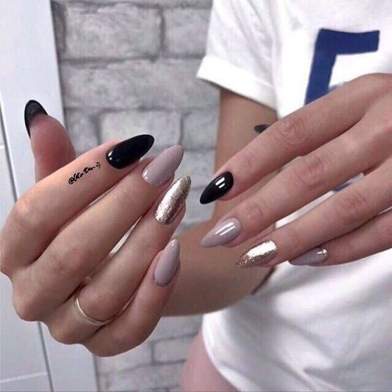 Image about glitter nail art in Nails / Rings / Earrings by AtaDeniz✅