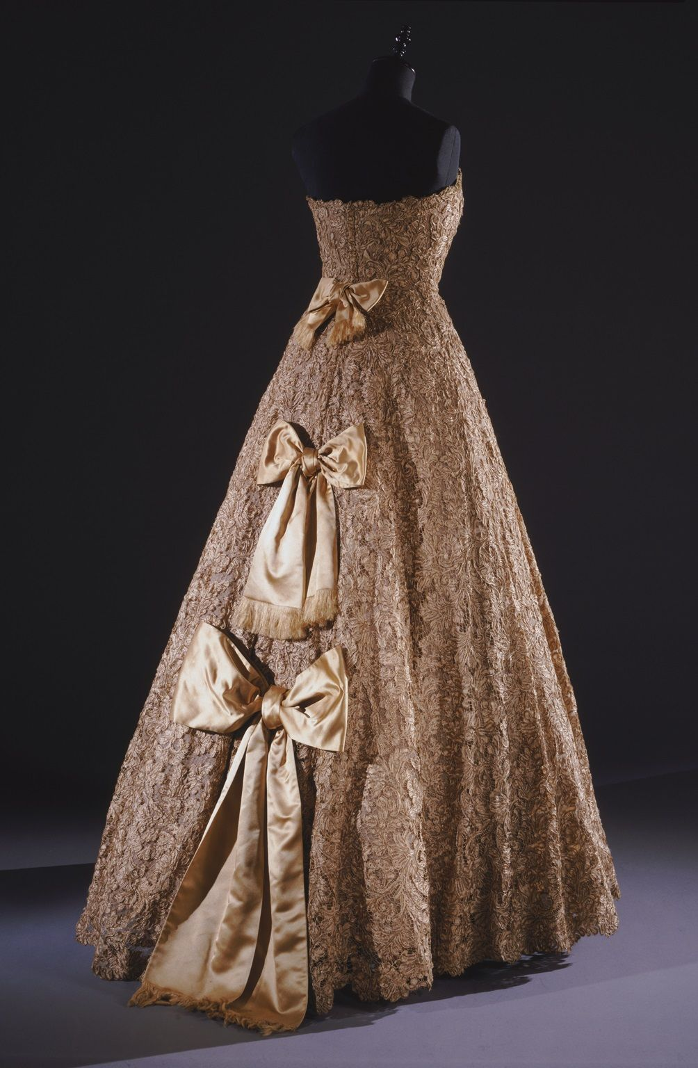 Womanus ball gown designed by james galanos and worn at the