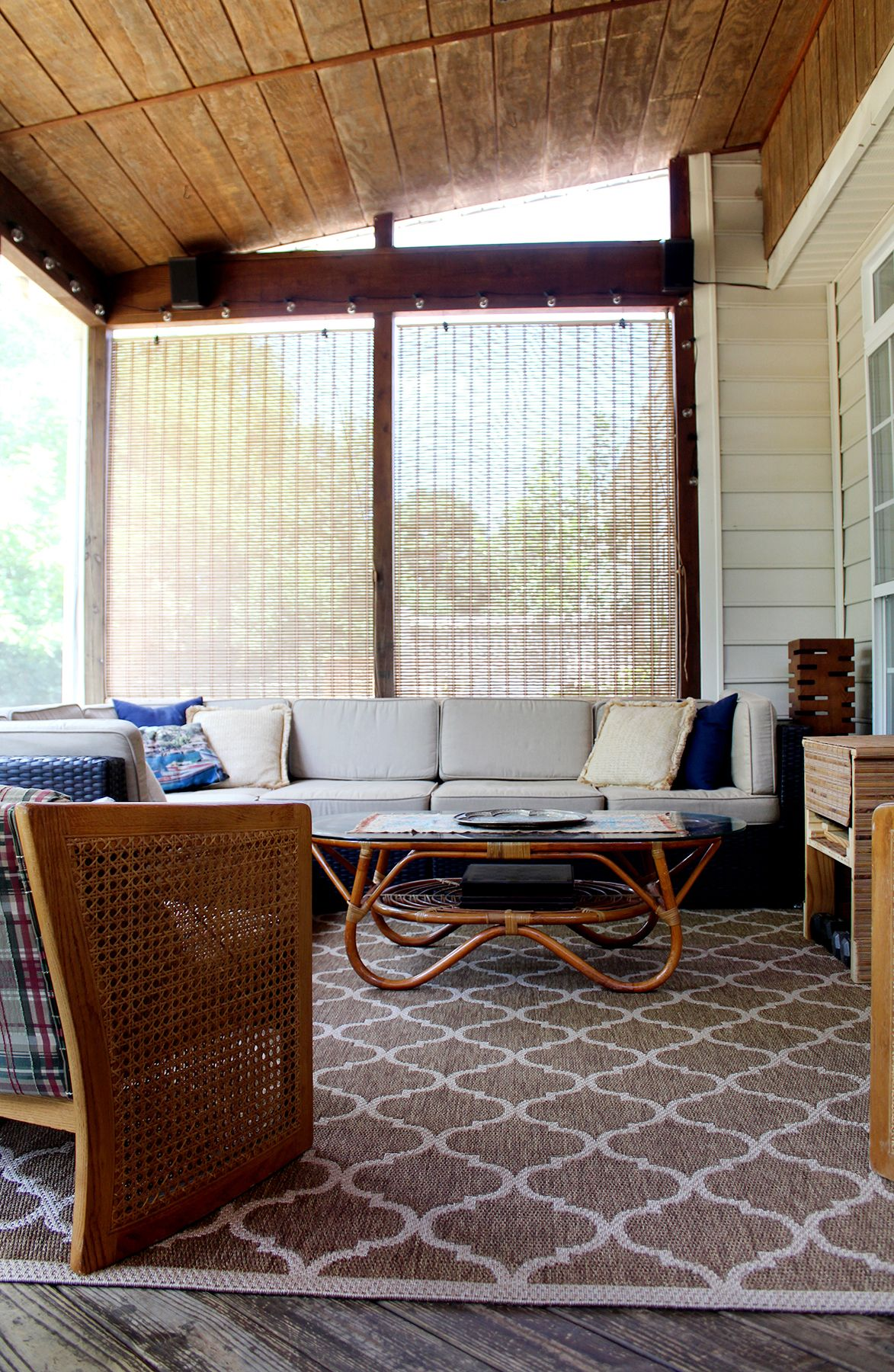 Screened porch with sectional and vintage coffee table back porches decorating your home diy also best under diys  projects images in rh pinterest