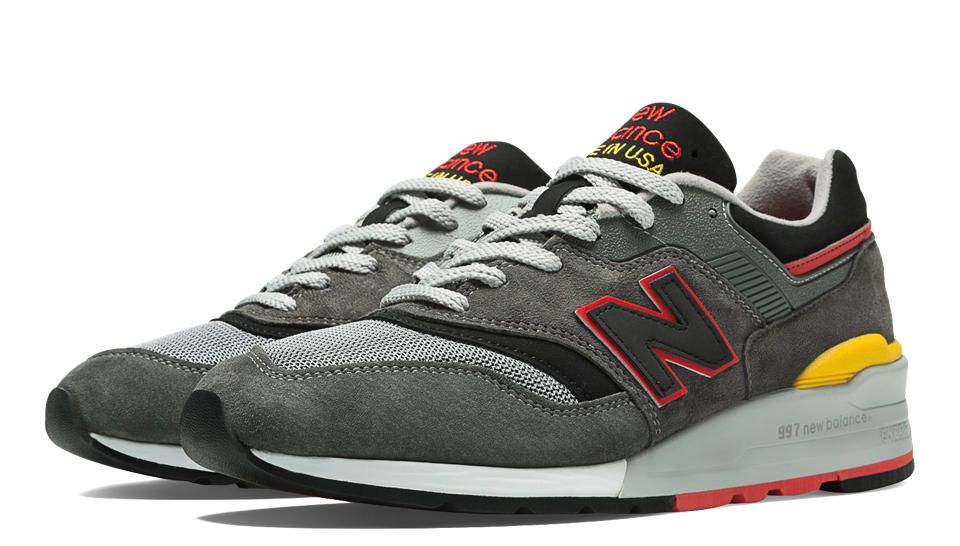 Connoisseur Authors 997, Grey with Black & Red Shoes