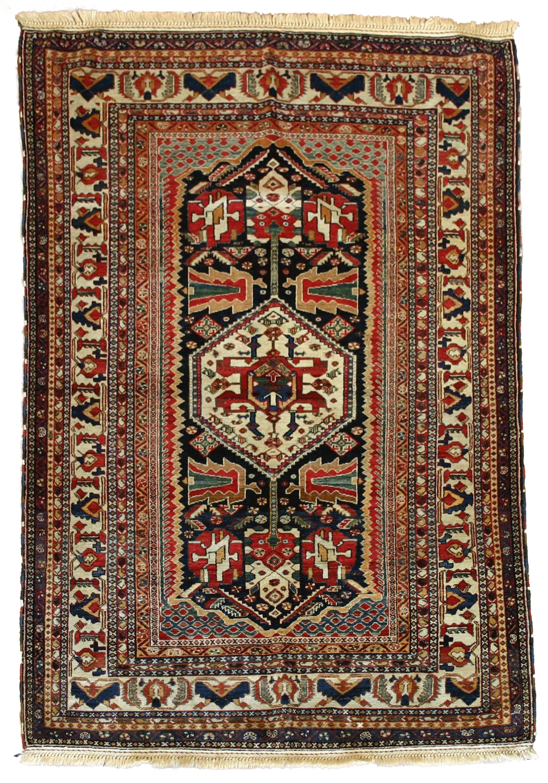 1880 1890 Persian Kashkooli Qashqai Rug In Pure Handspun Wool And Vegetal Dyes In 2020 Hand Spun Wool Handspun Rugs