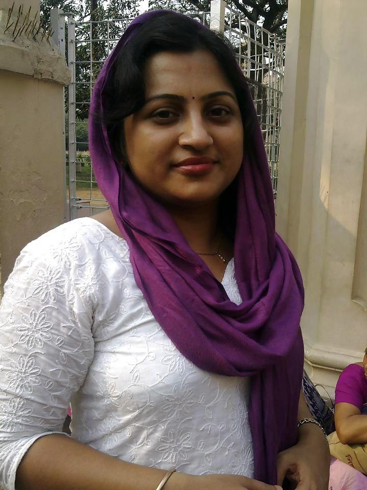 Desi Indian Women Seeking Men
