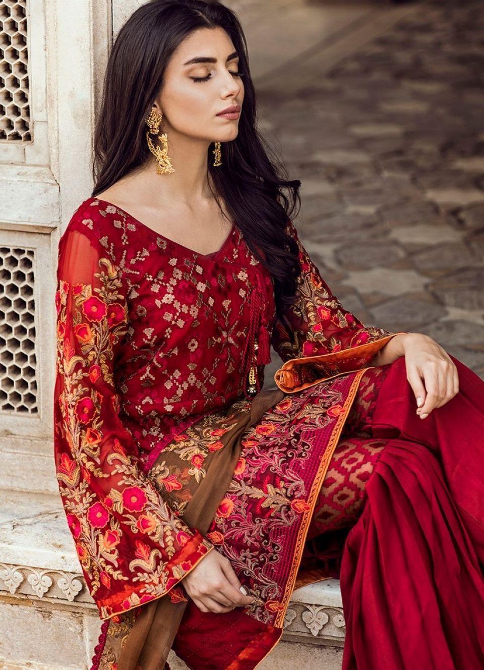 e0588dbce2e7 Iznik Chiffon Luxury Wedding Collection 2018 - Yourfirstwedding.com Shalwar  Kameez