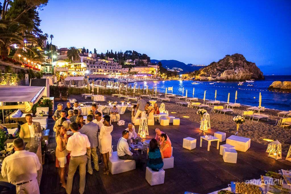 Matrimonio Spiaggia Catania : Dove fare le fotografie del matrimonio la location preferita è il