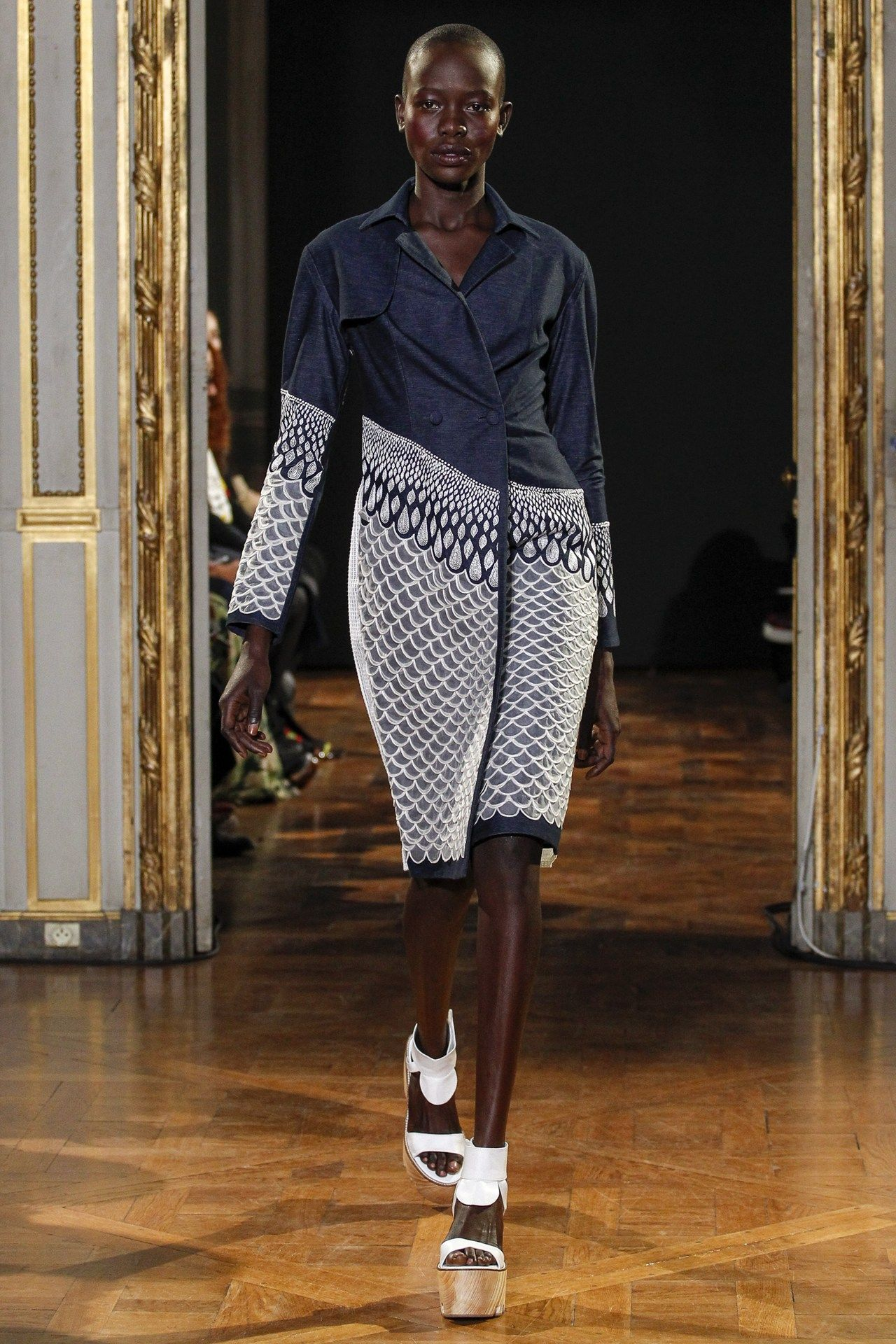 Catwalk photos and all the looks from Rahul Mishra Spring/Summer 2016 Ready-To-Wear Paris Fashion Week