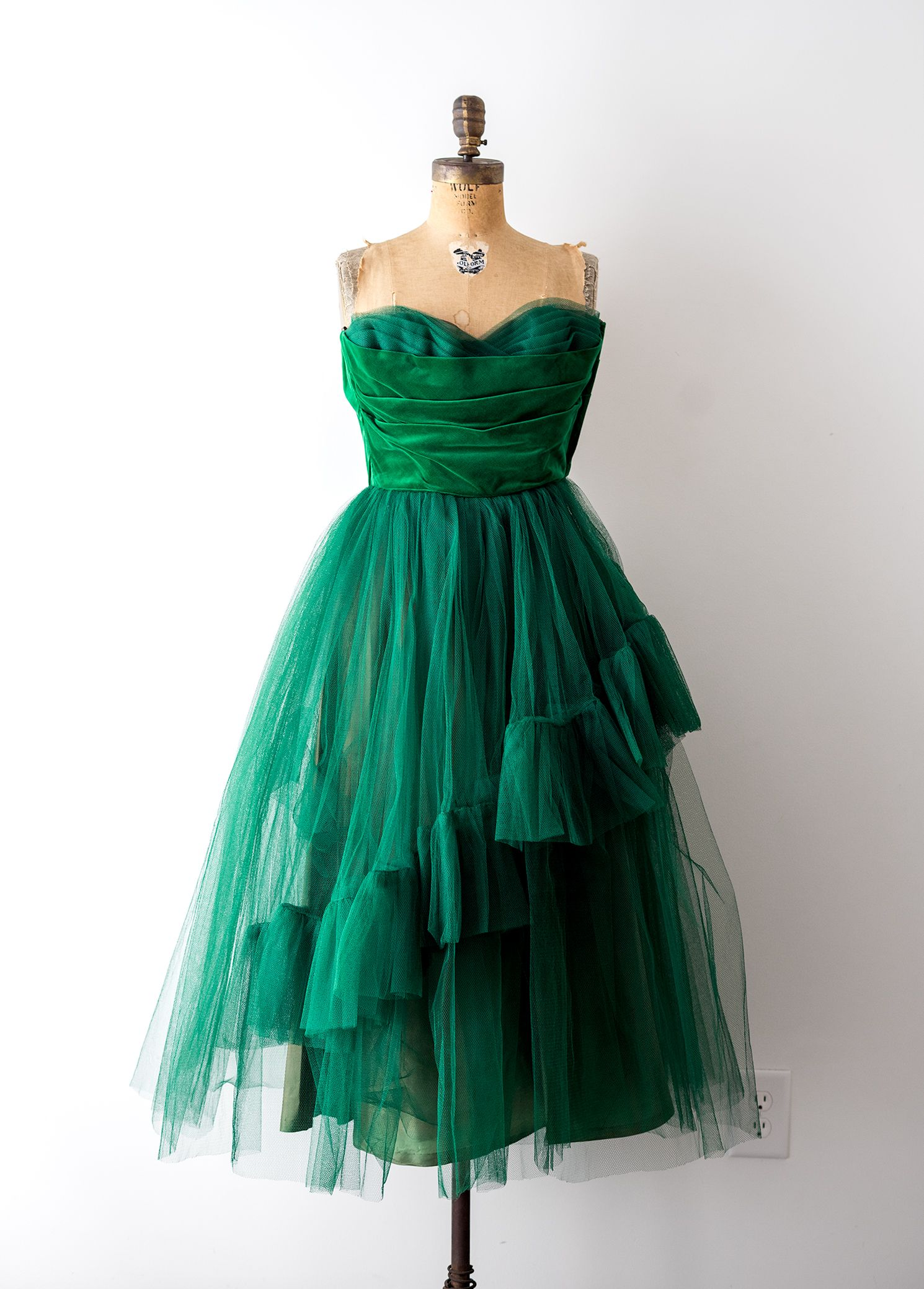 Vintage 40s Green Dress 1940s Party Dress Tulle Velvet Etsy Dresses Tulle Party Dress Strapless Dress Formal [ 2079 x 1490 Pixel ]