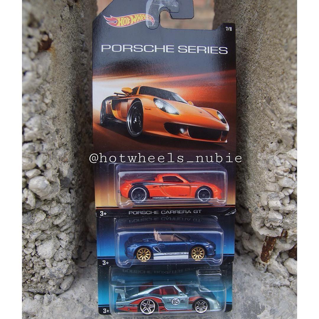 3 of 8 Porsche series.. Anyone? #hotwheels_id#hotwheelsjunkie#hotwheelscollection#hwpku#hotwheelsindonesia#jualhotwheels#jualhotwheelsmurah#dijualhotwheels#hotwheels#hwkolpri#hw#lkd#lancangkuningdiecaster#diecast#diecastpic#diecastcars#porsche#porschedesign#porscheseries#porschecarreragt#porscheboxsterspyder#porsche935 by hotwheels_nubie