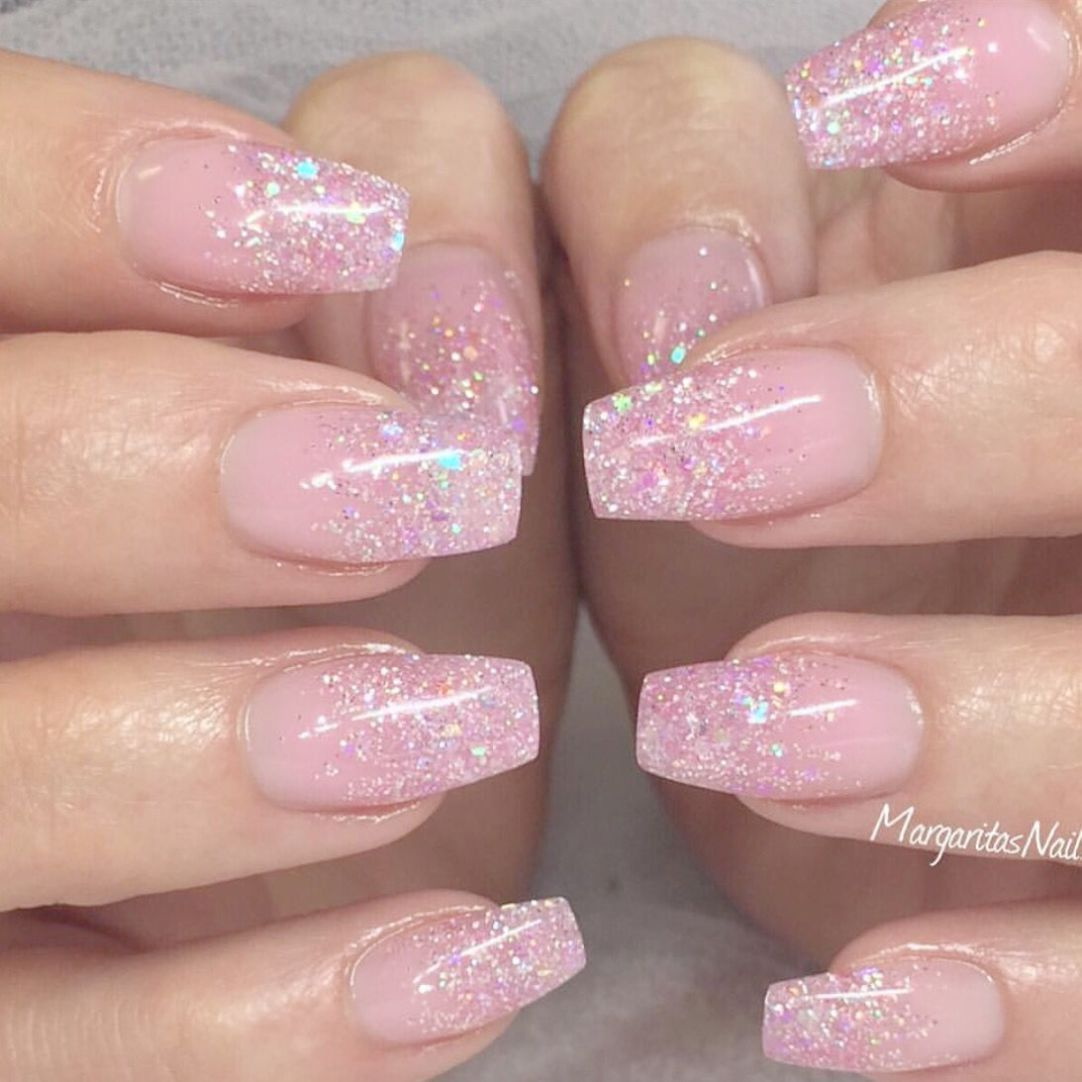 Nagel Babyboomer In 2020 Sparkly Nails Glitter Gel Polish Holographic Nails