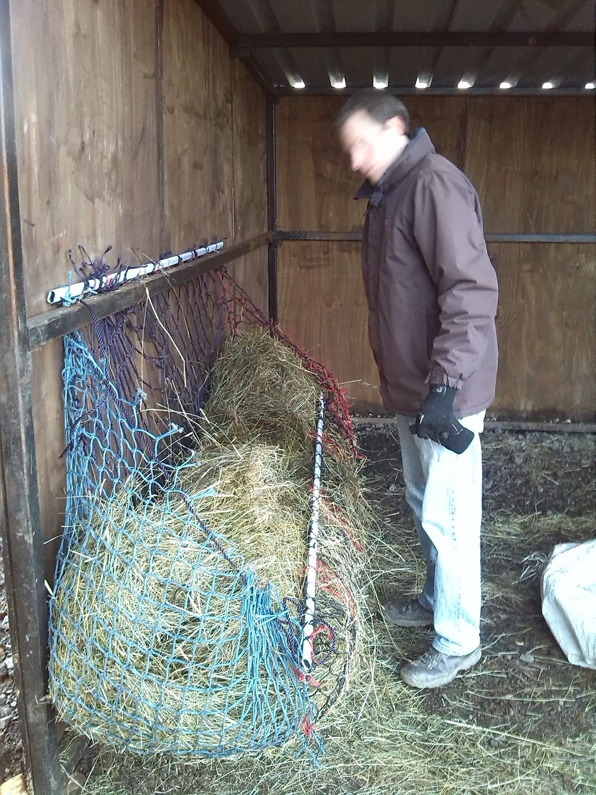 bale saver and with horse round feeder cattle roof hay for product detail buy