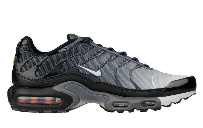 Nike Air Max Plus Tuned 1 Black Dark Grey Pure Platinum Eu Kicks Sneaker Magazine Nike Air Nike Air Max Nike