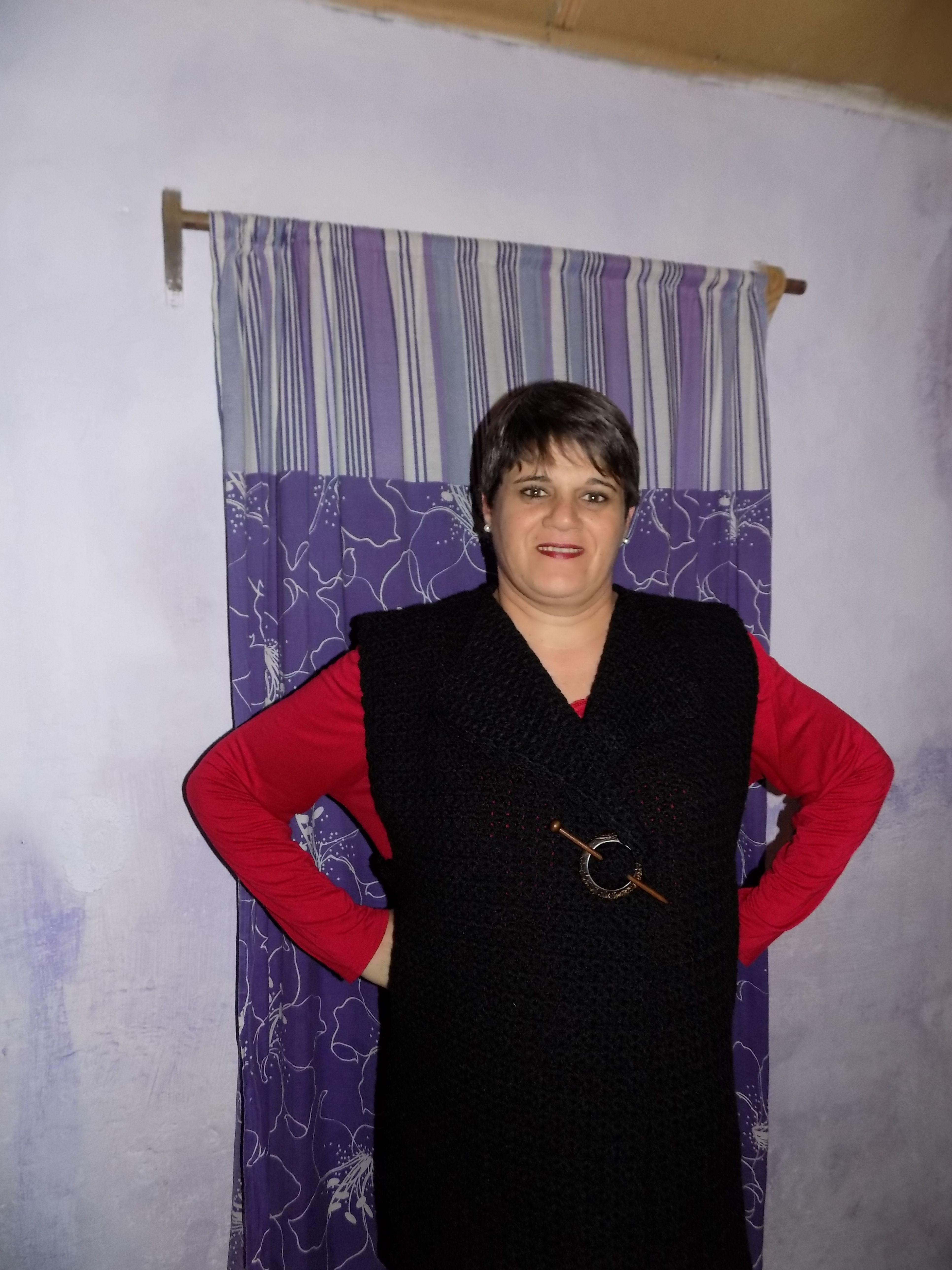 chaleco crochet,en lana negra