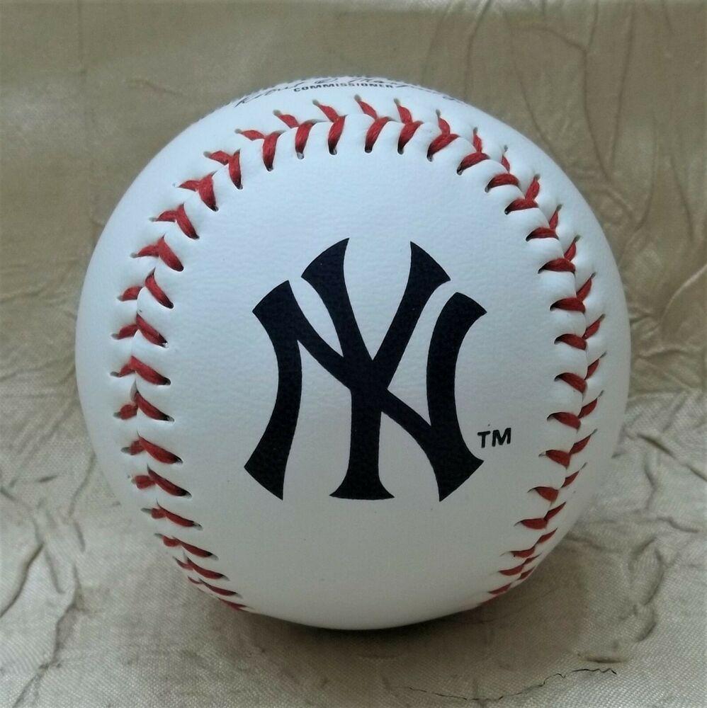 New York Yankees Team Logo Official Major League Baseball Mlb New In Plastic Rawlings Newyorkyankees In 2020 Yankees Team Major League Baseball Mlb Baseball