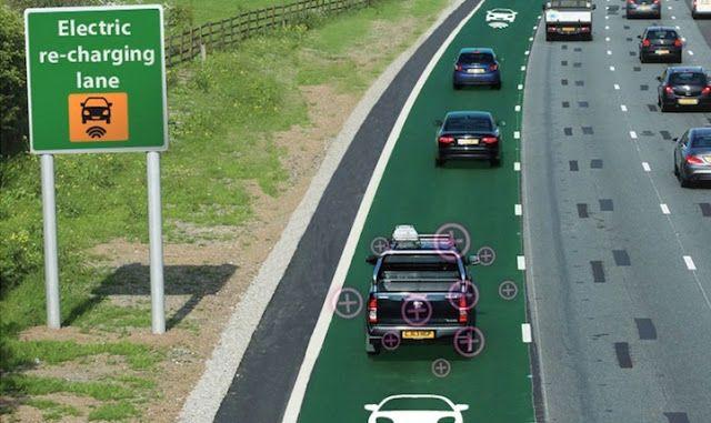 Tecnoneo: Reino Unido está experimentando con carreteras que transmiten energía de forma inalámbrica para cargar coches mientras se conduce