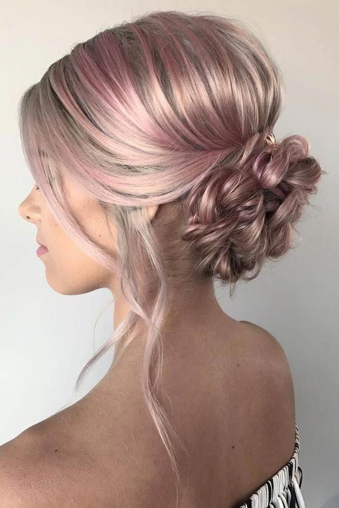 Braided bun hairstyles, once mastered, can become your best friends. Besides looking pretty, they are easy, not time-consuming, perfect for all occasions. #sideUpdos #lowsidebuns
