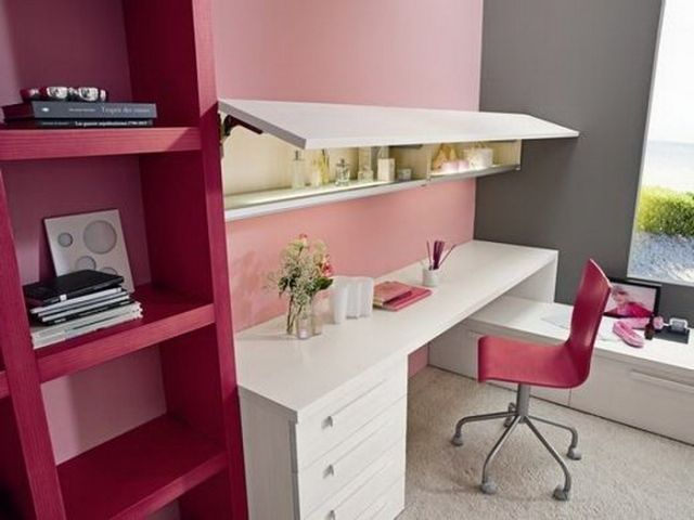 chambre ado fille bureau pratique avec une chaise tag res. Black Bedroom Furniture Sets. Home Design Ideas