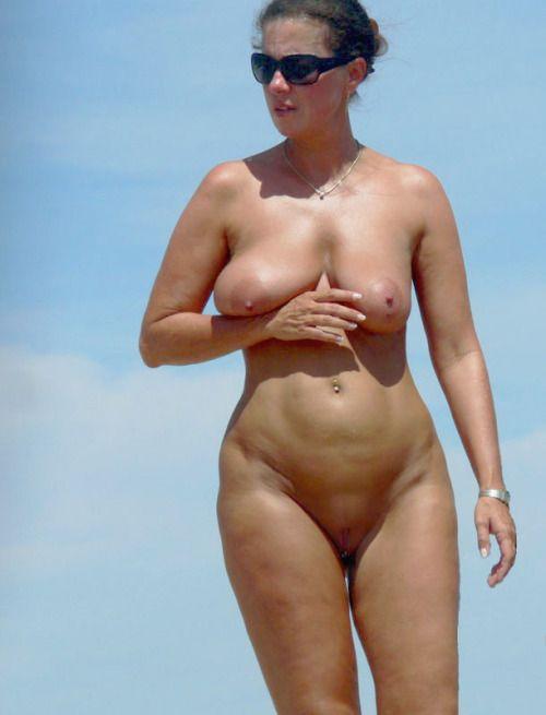 Praia na naturism nudism