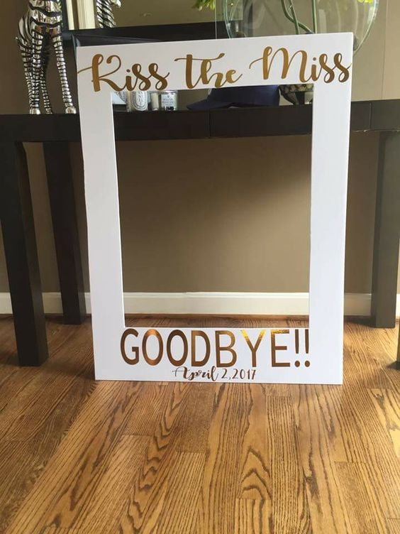 photo frame easy diy bridal shower games
