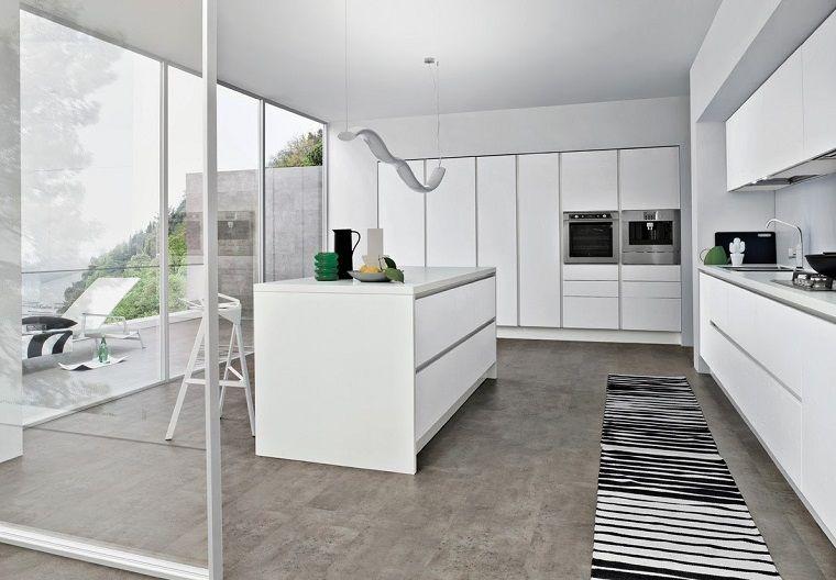 cucine moderne bianche e un\'idea con isola centrale | Tela nel 2019 ...