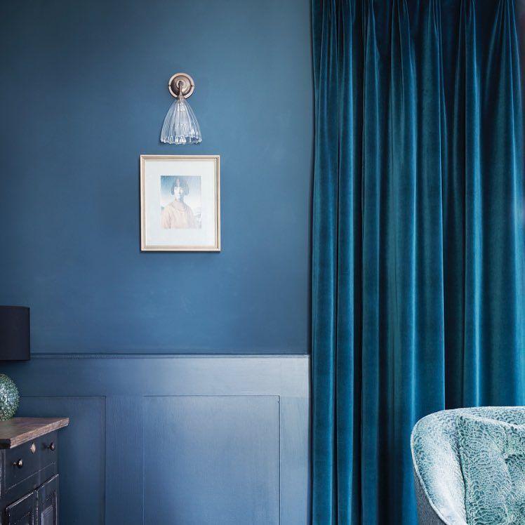 Contemporary Wall Light With Ribbed Ledbury Glass Shade