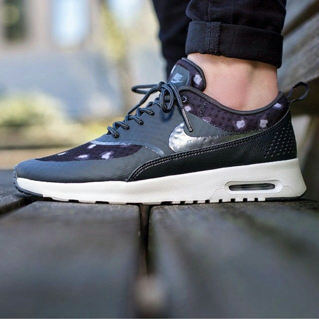 nike air max thea zwart wit dames sale