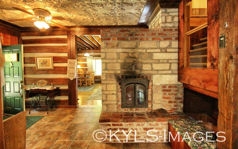 //kylandsales.com/800LongHollow/Artist-Retreat-Log-Cabin-For ... on wood and glass brick building, wood homes plans and designs, stone cottage style homes, wood house plans, wood and stone in modern home interior,