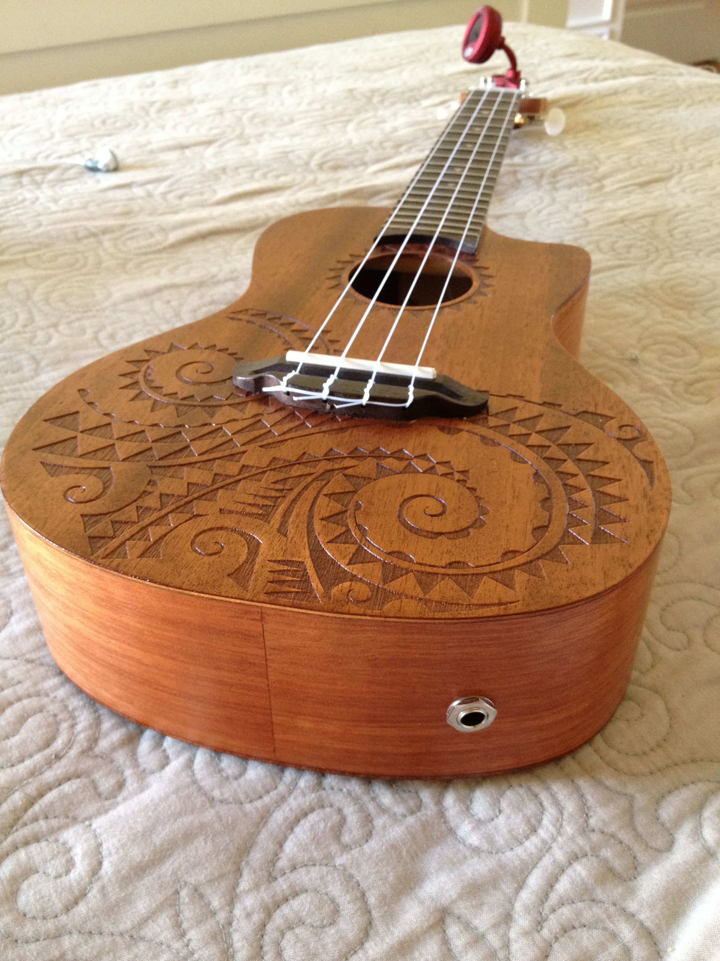 Mahogany Luna Concert Ukulele 3 This Is The One I Want From Guitar Center 99 Comes With Gig Bag Luna Ukulele Ukulele Instrument Ukulele