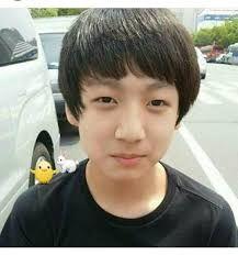 Meu santo-yoongi olhem o kookie criança, que fofinho ❤