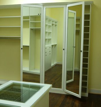 Three Way Mirror Let S You Check Every Angle Closet