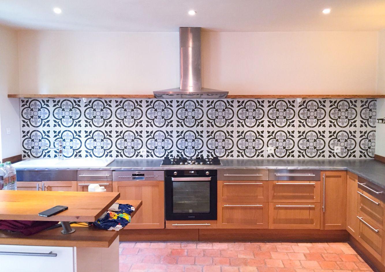 ma nouvelle cuisine plan de travail recouvert de zinc. Black Bedroom Furniture Sets. Home Design Ideas