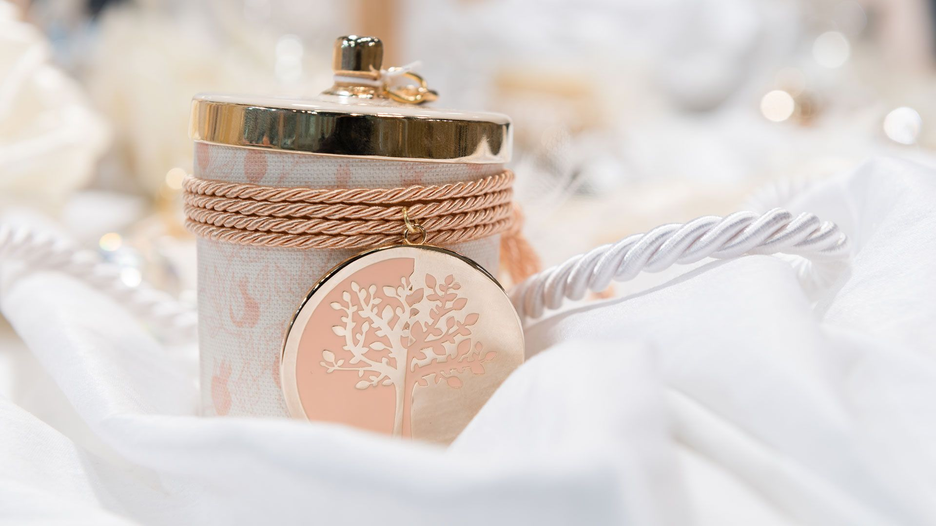 Pin by Happy Events GR on Wedding Favors/Boubounieres | Pinterest ...