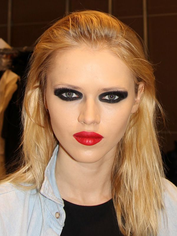 Severe black eye makeup and red lips | Too much makeup ...