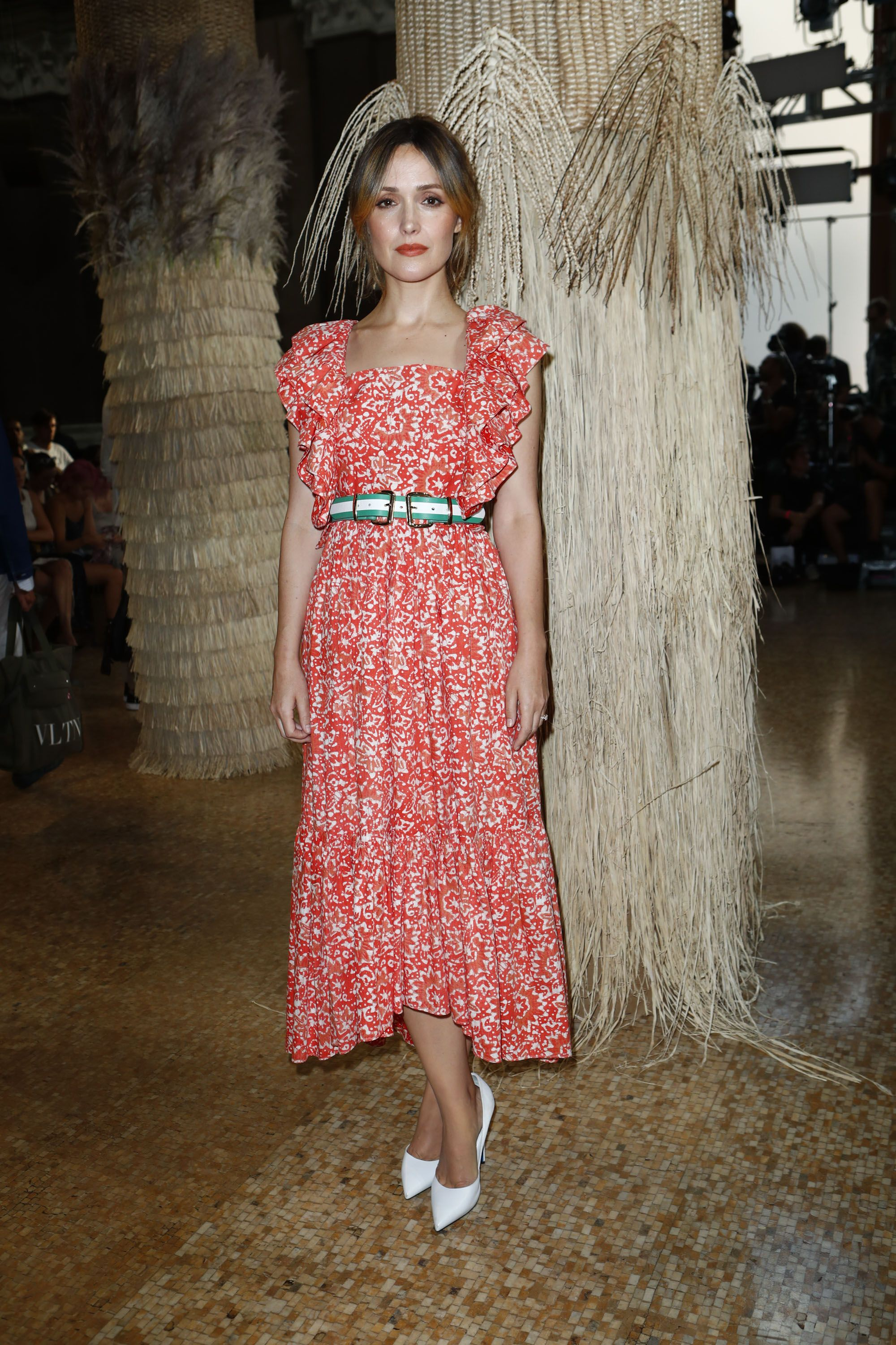 2f9fbad8909ad3 Rose Byrne wearing Ulla Johnson at the SS19 Runway Show. | Our girls ...