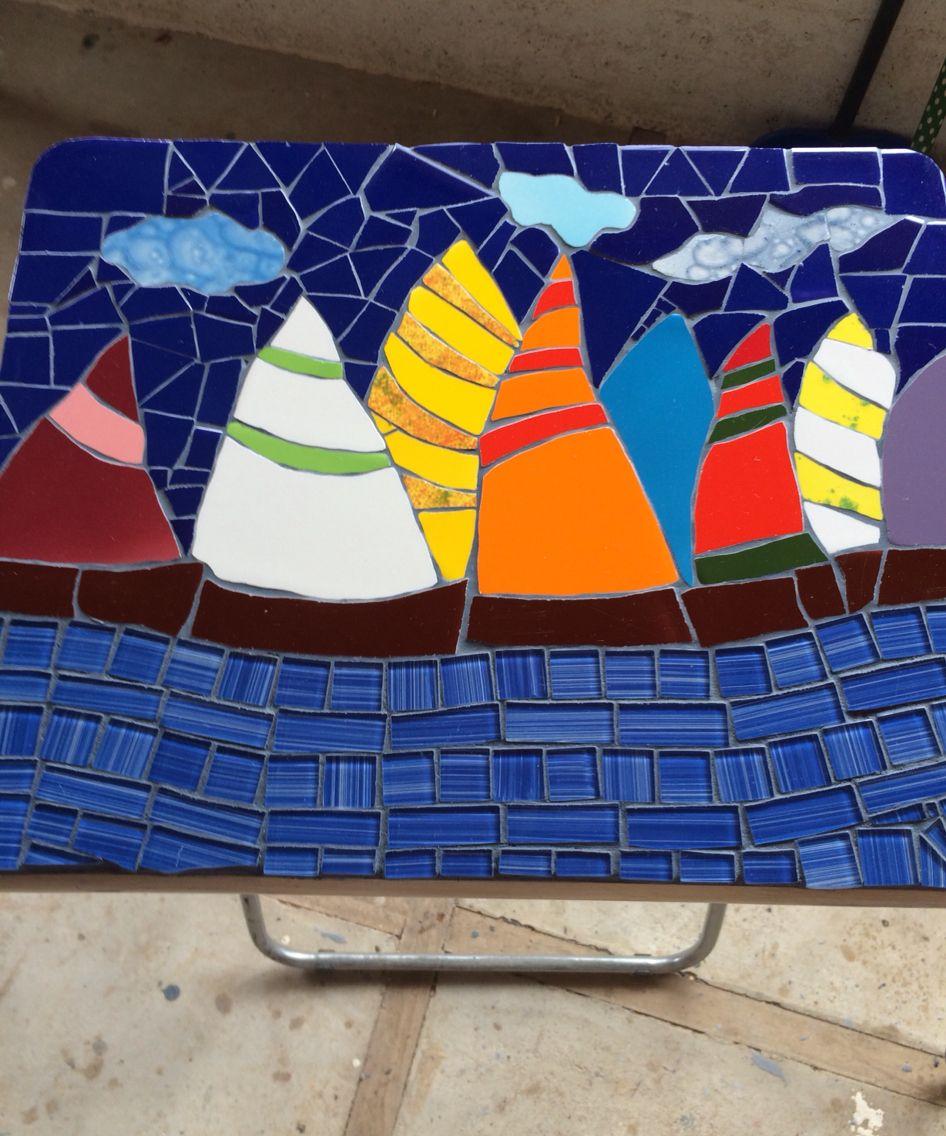 Mesa de terraza en mosaico