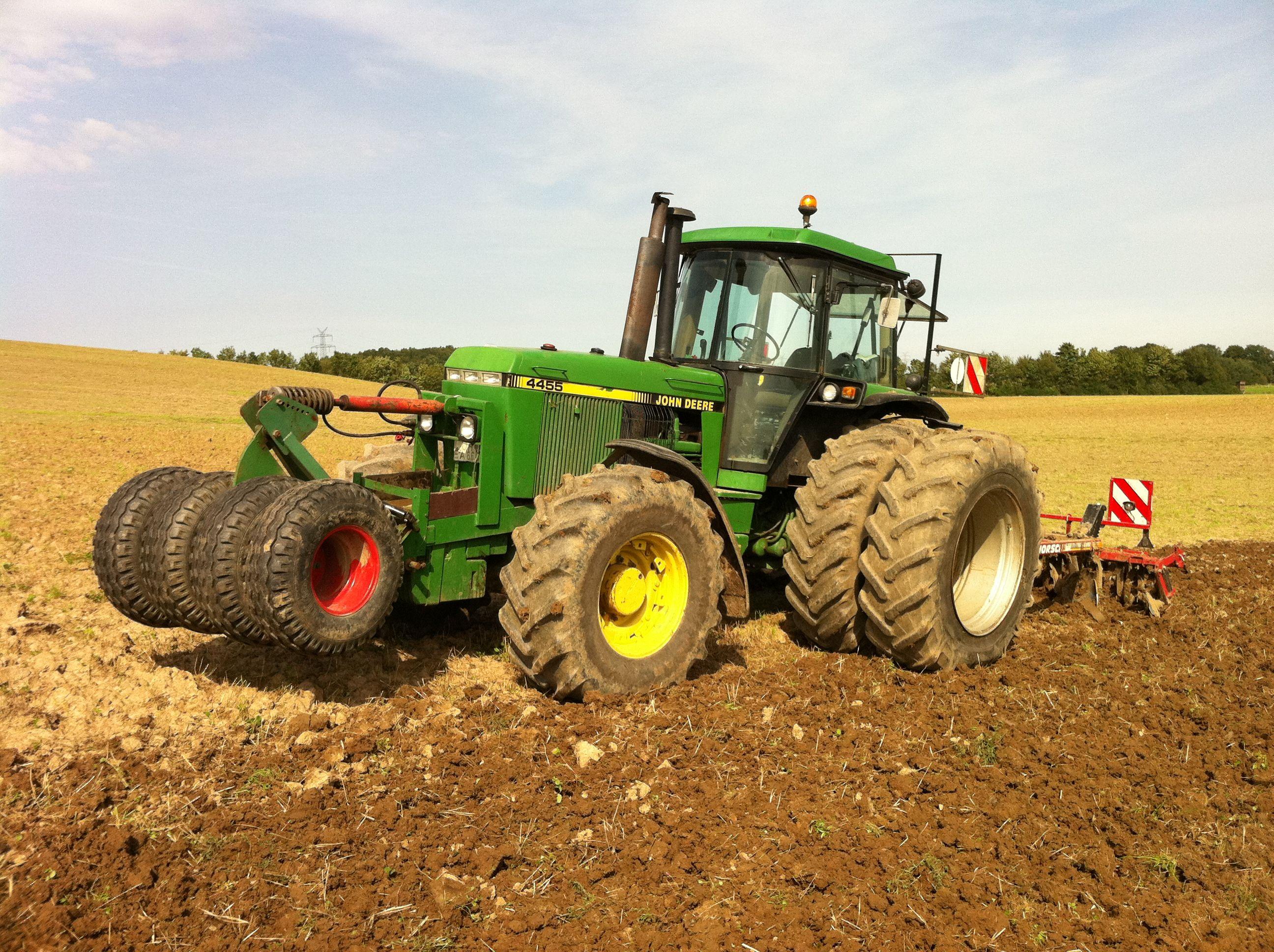 John Deere 4455 | John Deere | Pinterest | Tractor, John deere ...
