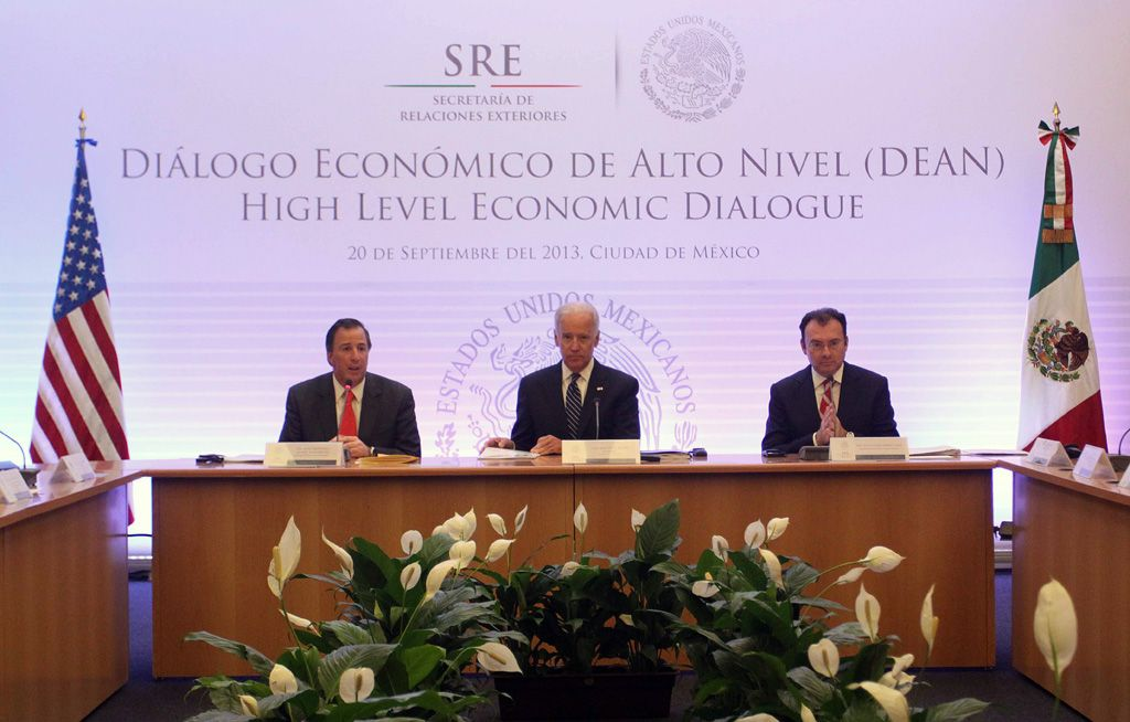 DEAN Diálogo Económico de Alto Nivel