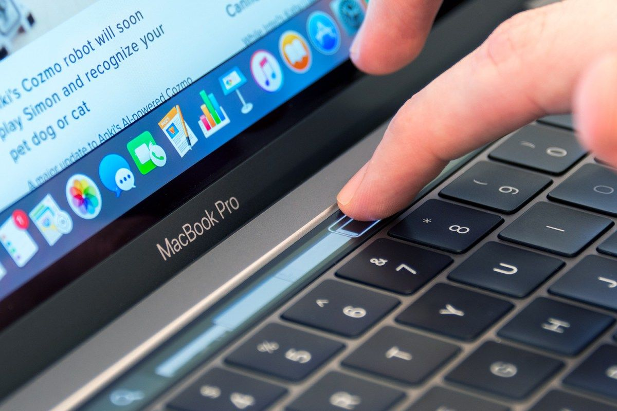 2017 Macbook Pro Refresh Could Include Kaby Lake Processors Techdependent Macbook Pro Newest Macbook Pro Macbook Pro 13
