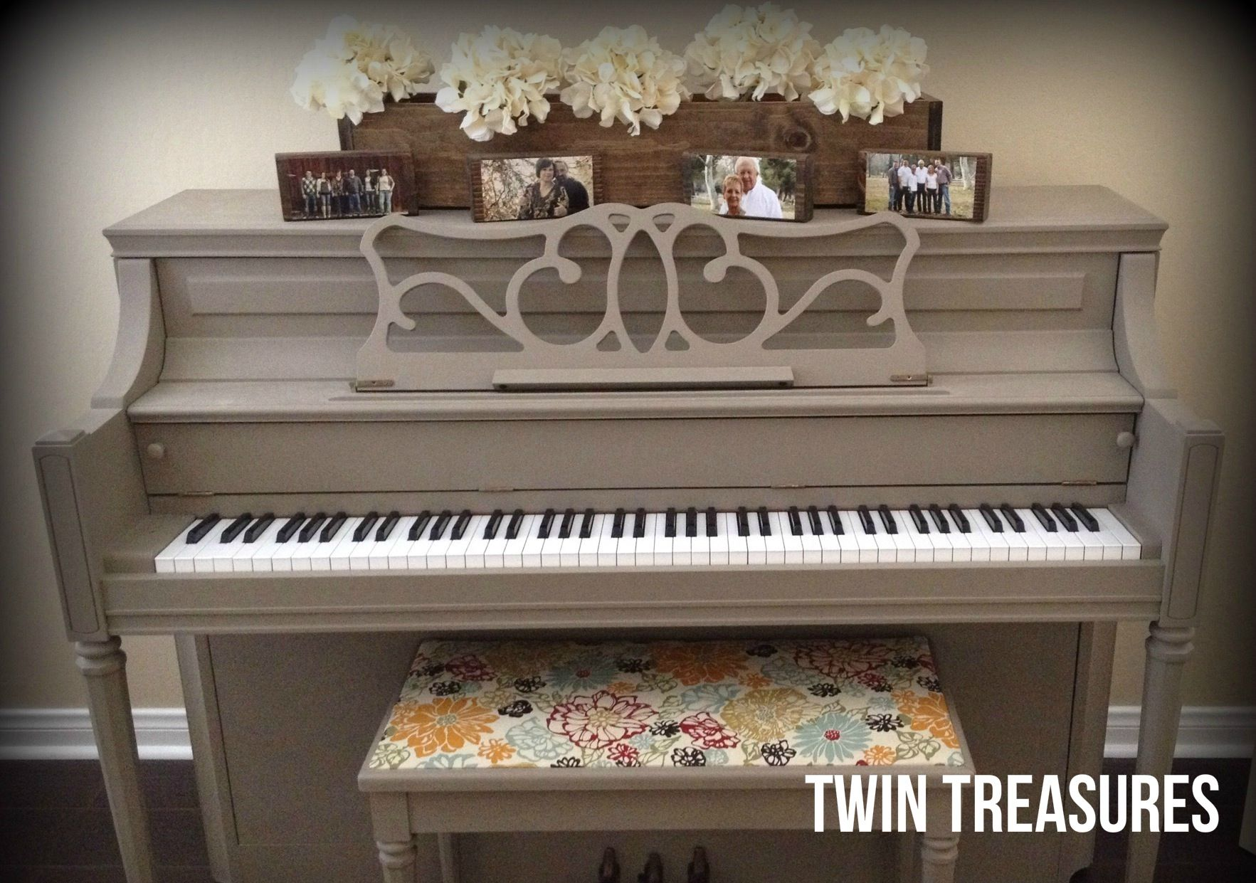 Chalk painted piano